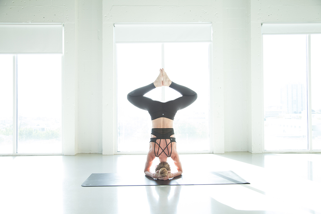 HEADSTAND_3